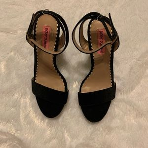 Betsey Johnson Mattie Heels